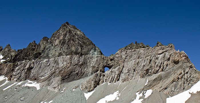 The magic line of the Glarus Alps thrust at the Tschingelhörner