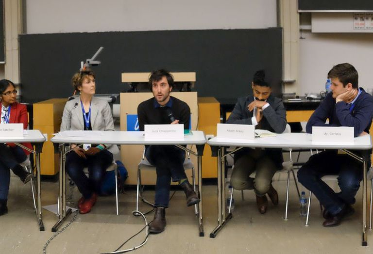 An interdisciplinary panel of young scientists discusses synthetic biology