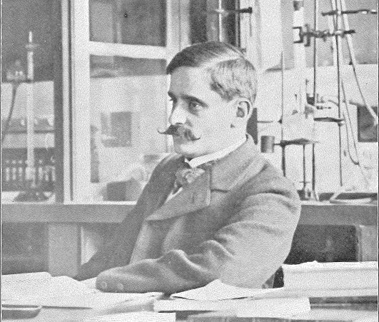 René Thomas-Mamert, one of the first two chemistry professors in Fribourg